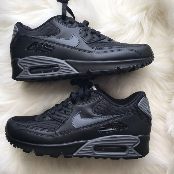 NIKE ID AIR MAX 90 LEATHER BLACK GREY SHOES NWT